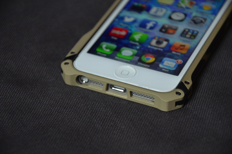 elementcase-black-ops-iPhone-5-review-14