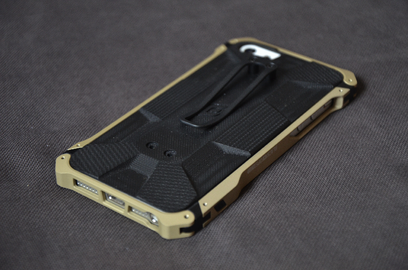 elementcase-black-ops-iPhone-5-review-16