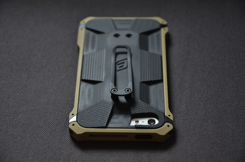 elementcase-black-ops-iPhone-5-review-19