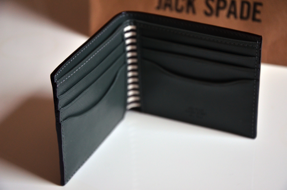 jack-spade-wesson-leather-bill-holder-review-2