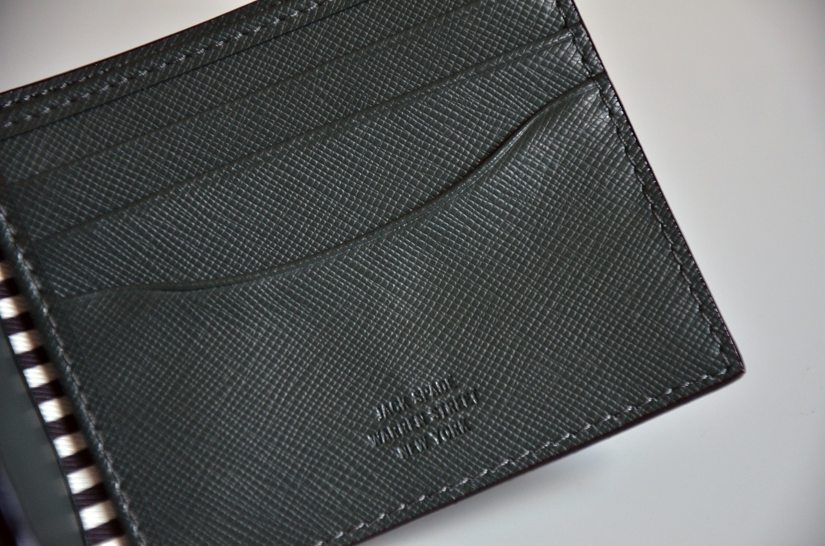 jack-spade-wesson-leather-bill-holder-review-5