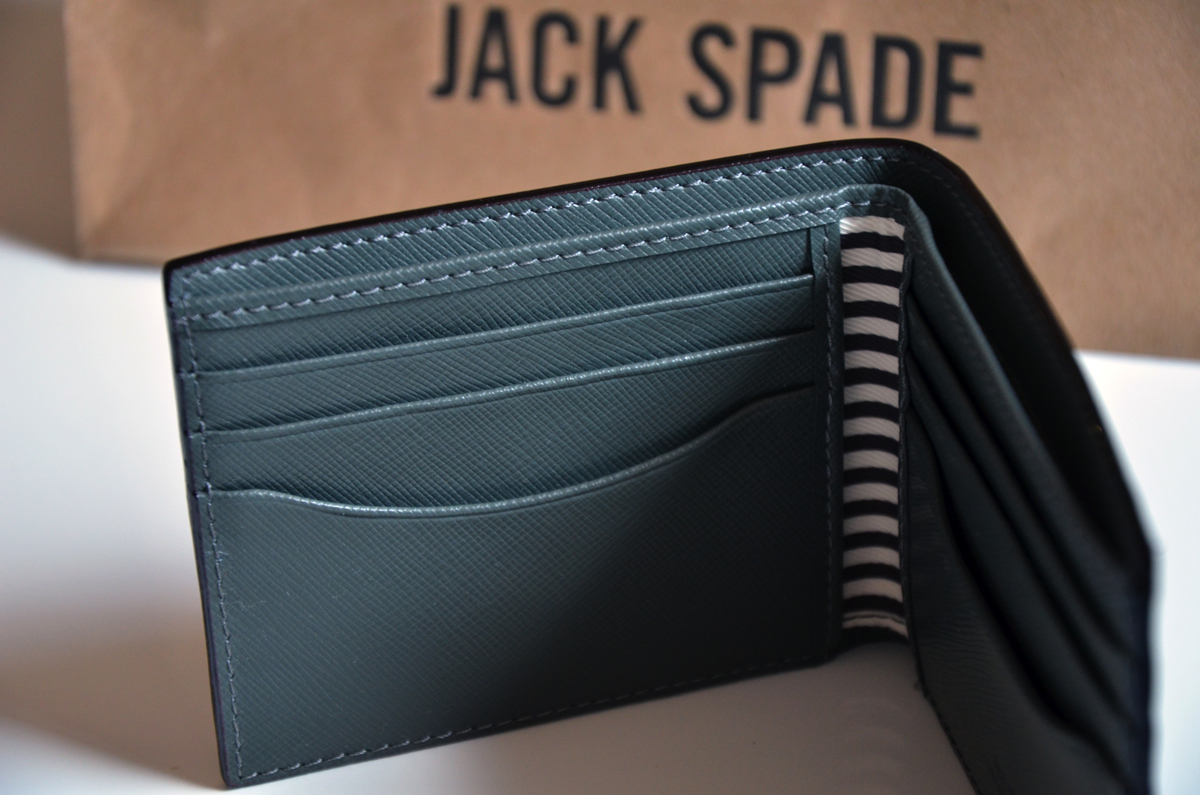 jack-spade-wesson-leather-bill-holder-review-7