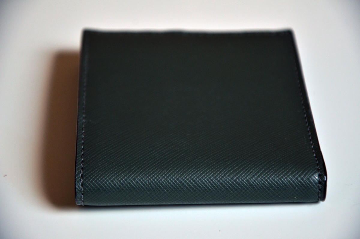 jack-spade-wesson-leather-bill-holder-review-8