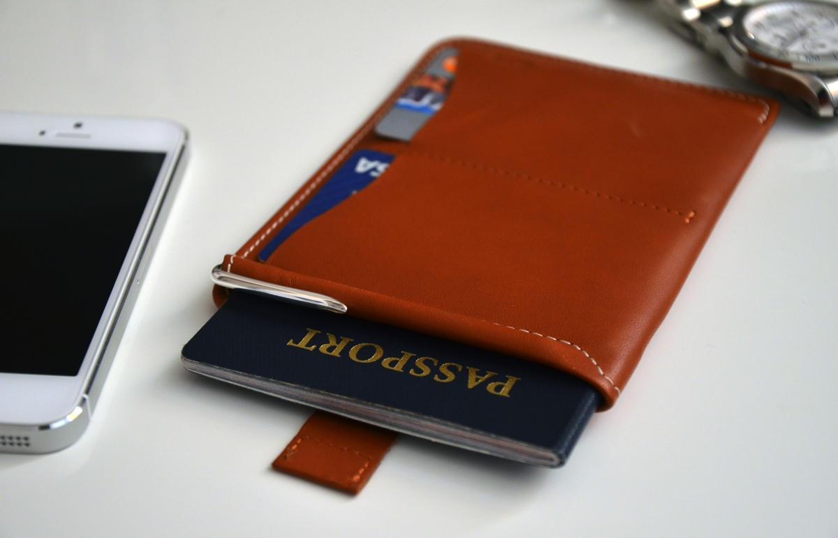 bellroy-passport-sleeve-wallet-review-1