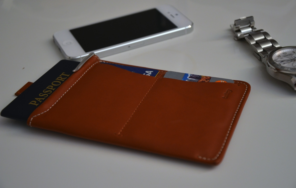 bellroy-passport-sleeve-wallet-review-8