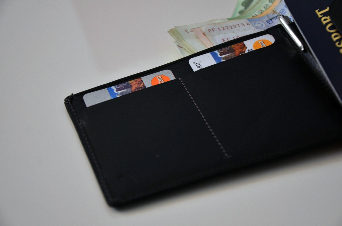 bellroy-passport-wallet-3