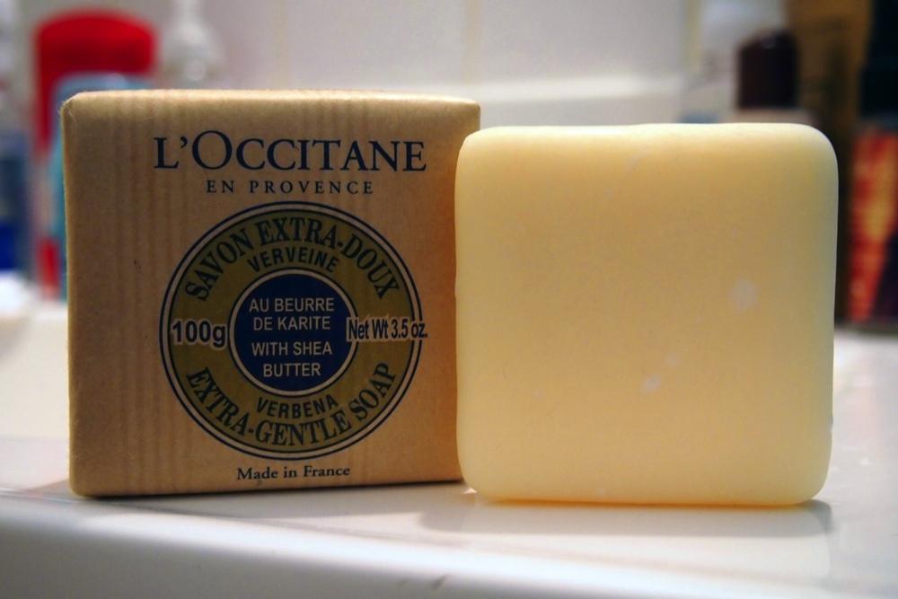 loccitane-shea-butter-verbena-extra-gentle-soap-1