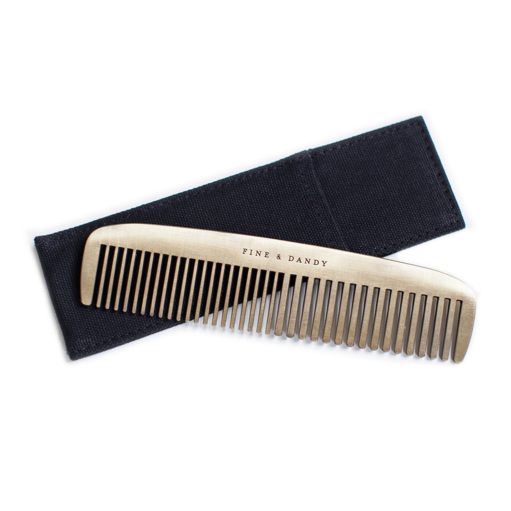 izola-fine-and-dandy-brass-comb