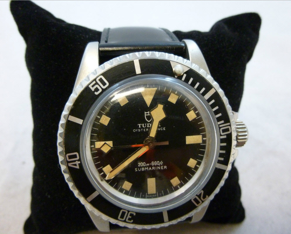 tudor-submariner-snowflake-watch