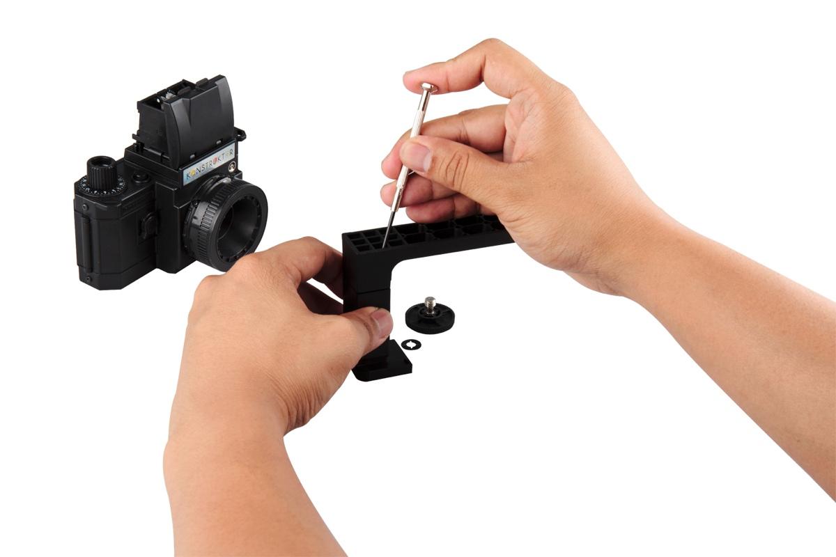 lomography-konstruktor-f-camera-with-flash-accessory-kit-3