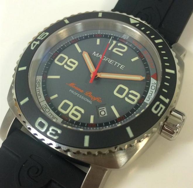 ebay-magrette-moana-pacific-professional-g14-watch