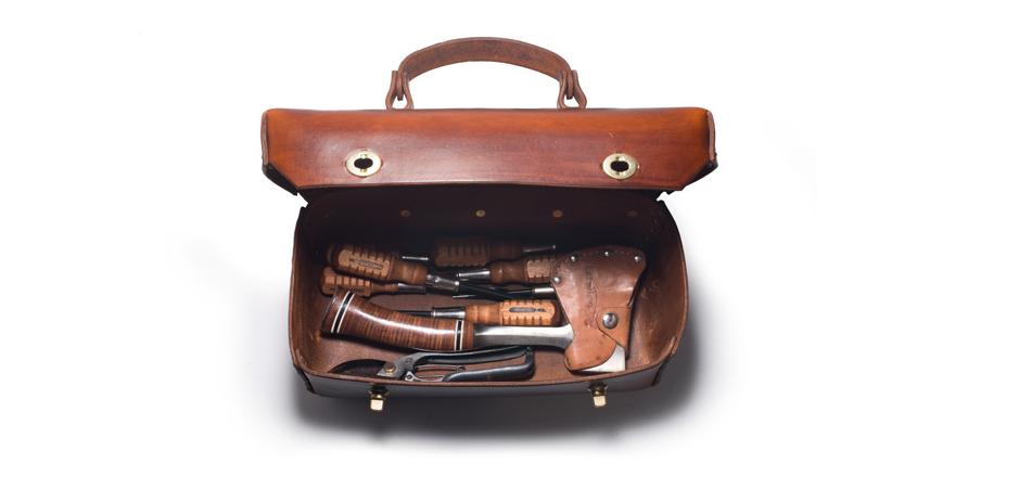 kaufmann-mercantile-leather-tool-box-2