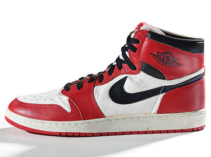 brooklyn-museum-exhibit-sneaker-culture-nike-air-jordan