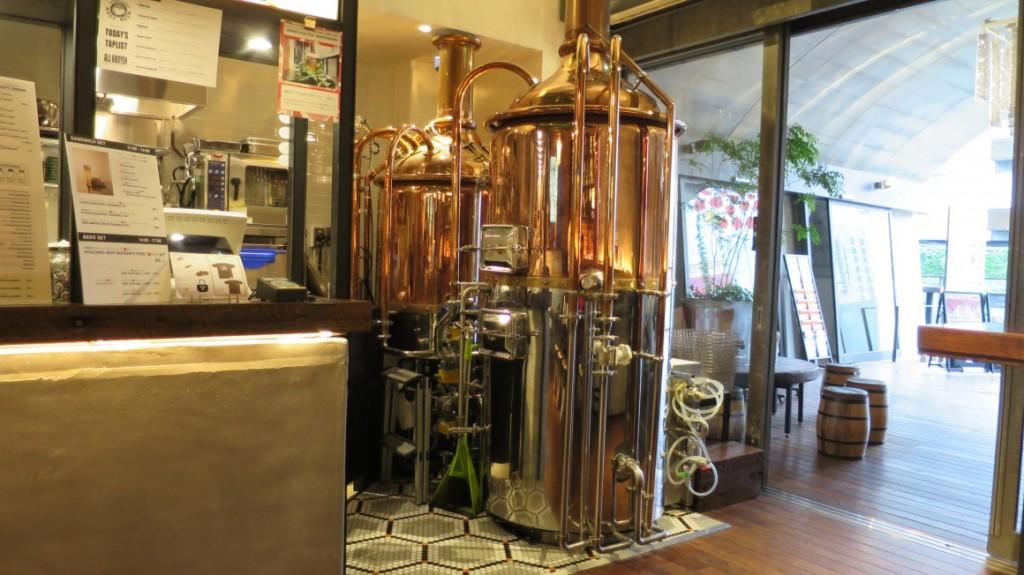 hitachino-brewing-lab-brewing-equipment