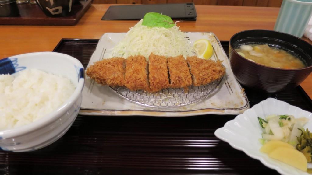 maisen-tokoyo-menchi-katsu
